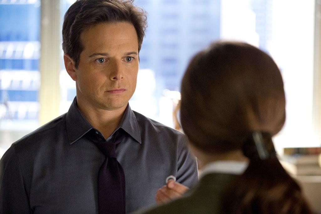 "Scott Wolf in the ""Perception"" Season 2 Premiere, ""Ch Ch Changes."""