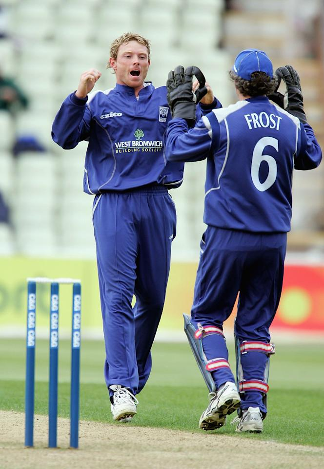 BIRMINGHAM, GREAT BRITAIN - MAY 17:  Ian Bell celebrates taking his third wicket during the C&G Trophy second round match between Warwickshire and Leicestershire, at Edgbaston  Cricket Ground on May 17, 2005 in Birmingham, England.  (Photo by Richard Heathcote/Getty Images) *** Local Caption *** Ian Bell