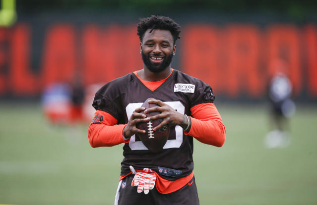 "Cleveland Browns wide receiver <a class=""link rapid-noclick-resp"" href=""/nfl/players/27591/"" data-ylk=""slk:Jarvis Landry"">Jarvis Landry</a> gave a heated speech to his teammates during a meeting. (AP)"