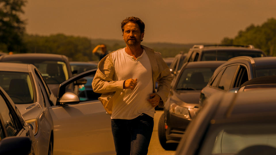 Gerard Butler in 'Greenland'. (Credit: STX/Amazon)