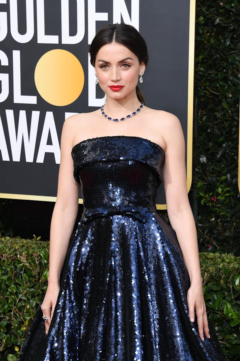 BEVERLY HILLS, CALIFORNIA - JANUARY 05: Ana de Armas attends the 77th Annual Golden Globe Awards at The Beverly Hilton Hotel on January 05, 2020 in Beverly Hills, California. (Photo by Daniele Venturelli/WireImage)