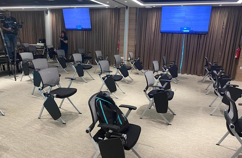 The seating arrangement for reporters at the press conference held on 13 March, 2020. (PHOTO: Chia Han Keong/Yahoo News Singapore)
