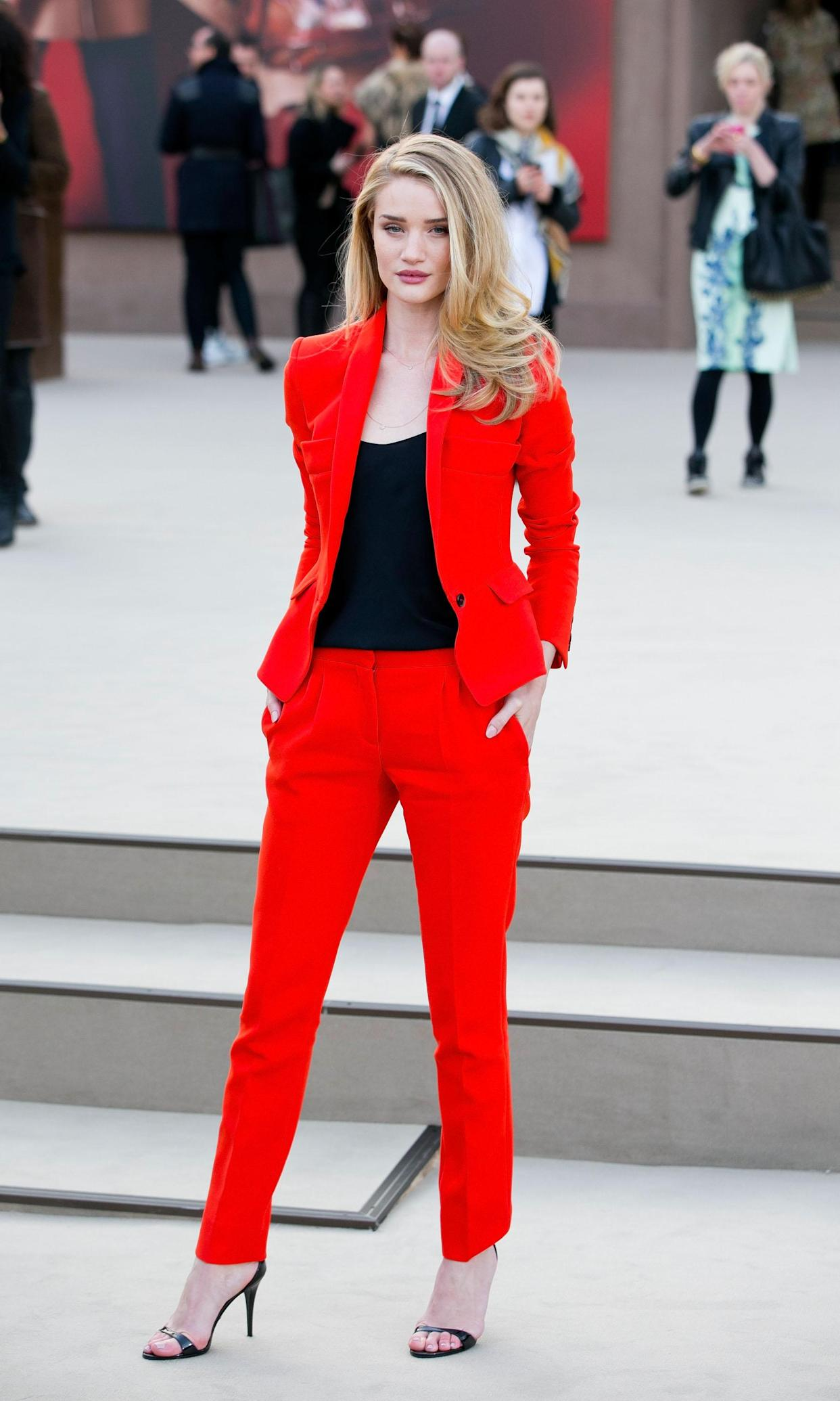 Look of the Day: Rosie Huntington-Whiteley at London Fashion Week