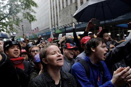 Demonstrators protest against CUNY commencement speaker Linda Sarsour, former executive director of the Arab American Association, in New York City, U.S., May 25, 2017. REUTERS/Lucas Jackson