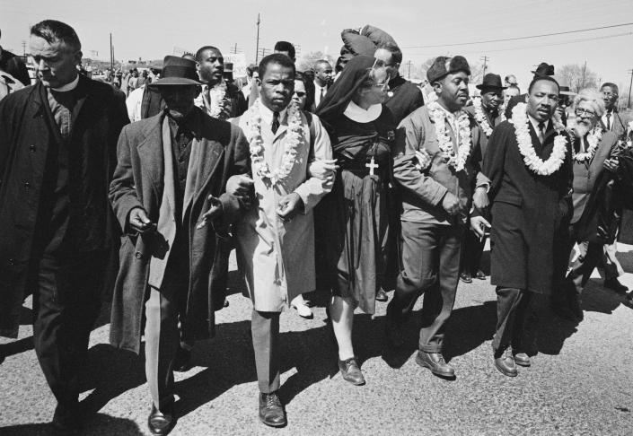 March in Selma (William Lovelace / Daily Express- Hulton Archive via Getty Images)