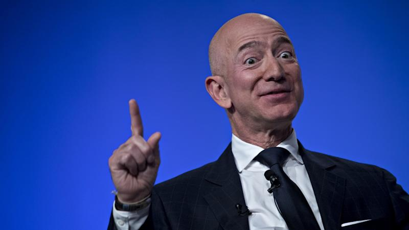 Jeff Bezos Loses $14 Billion as Amazon Stock Plunges