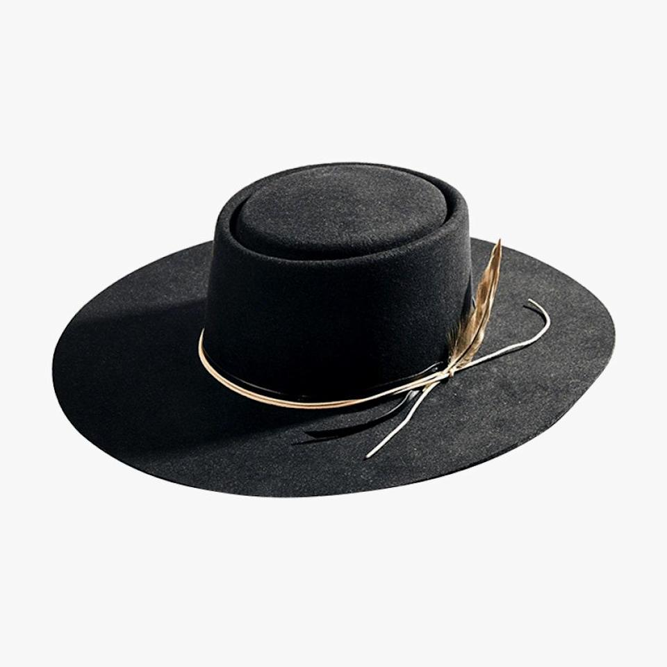 """Nashville's Noelle hotel gift shop, Keep Shop, is an entity in itself. It's a lifestyle shop filled with Tennessee treasures, among them this Stetson hat created exclusively for Noelle. $125, KEEP SHOP. <a href=""""https://www.keepshopnashville.com/oscar.html"""" rel=""""nofollow noopener"""" target=""""_blank"""" data-ylk=""""slk:Get it now!"""" class=""""link rapid-noclick-resp"""">Get it now!</a>"""