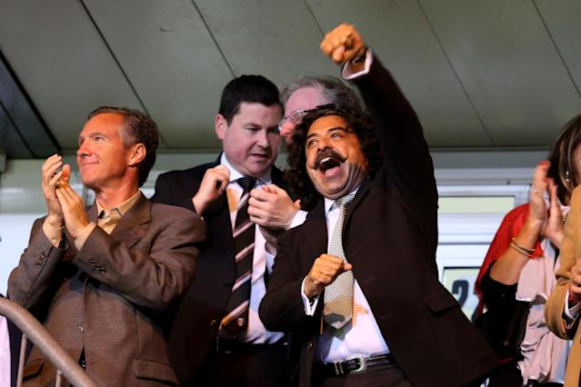 LONDON, ENGLAND - OCTOBER 21: Fulham Chairman Shahid Khan celebrates after Steve Sidwell of Fulham scores their team'ssecond goal during the Barclays Premier League match between Crystal Palace and Fulham at Selhurst Park on October 21, 2013 in London, England. (Photo by Julian Finney/Getty Images)
