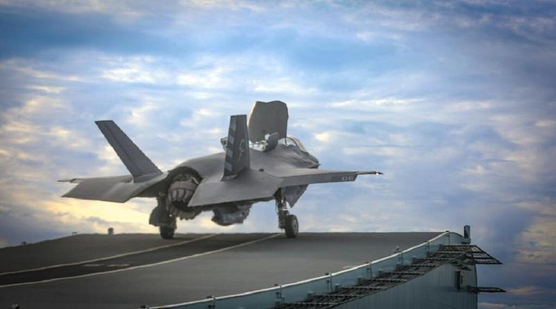 US F-35B Fighter Jet Crashes After Collision With Refuelling Plane KC-130J in Imperial County of California