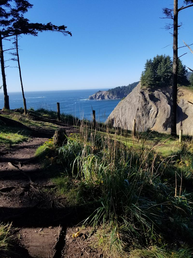 An Oregon man died Sunday after plunging 100 feet into the ocean while hiking in Oswald West State Park on the Oregon Coast.