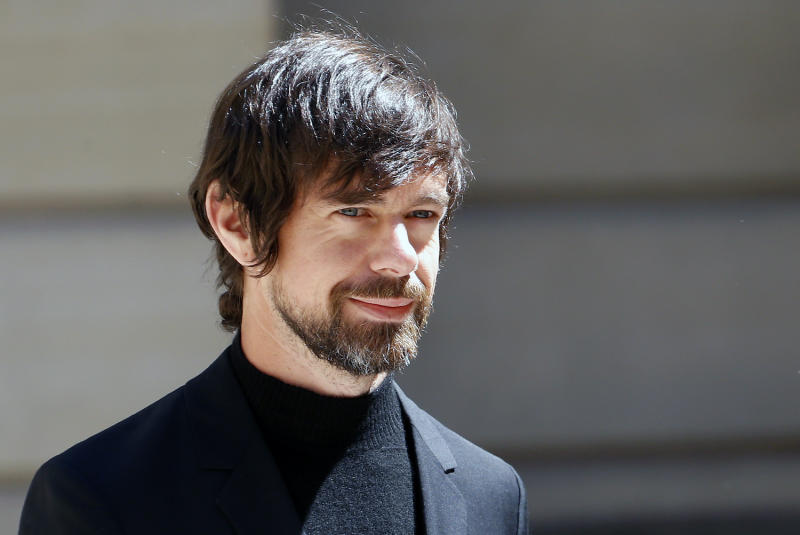 Twitter's Dorsey Calls Out Coinbase CEO for Ignoring Users' 'Societal Issues'