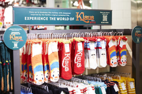 """Old Navy Delivers Kindness on #GivingTuesday With $1 Million Donation to Boys & Girls Clubs and Partnership With Netflix Holiday Film """"Klaus"""""""