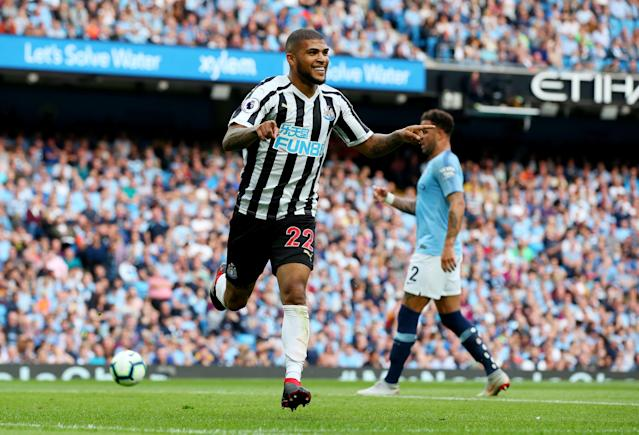 DeAndre Yedlin celebrates his goal for Newcastle against Manchester City. (Getty)