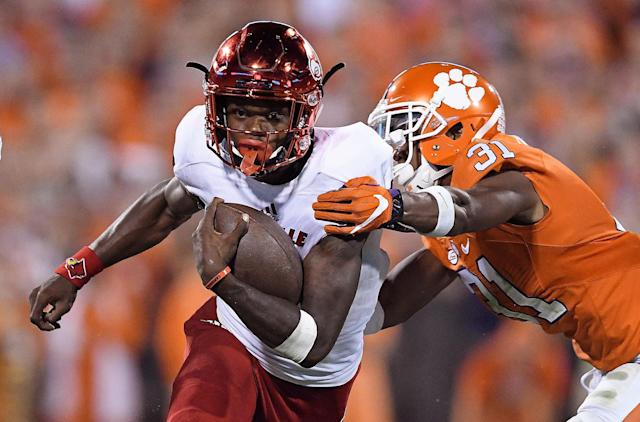 "<a class=""link rapid-noclick-resp"" href=""/ncaaf/players/254458/"" data-ylk=""slk:Lamar Jackson"">Lamar Jackson</a> gets a rematch with Clemson on Sep. 16. (Getty)"
