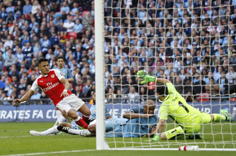 Arsenal edge Manchester City after extra-time to reach FA Cup final