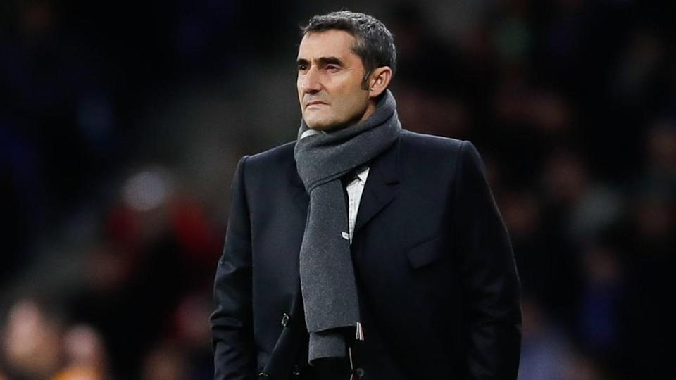 Valverde está livre no mercado desde que saiu do Barcelona. | Eric Alonso/MB Media/Getty Images