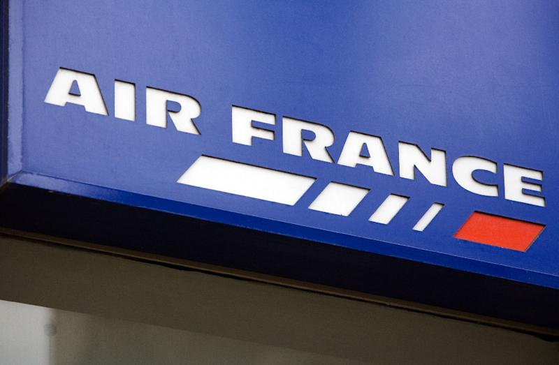 Air France, which employs 52,000 people, is struggling in the face of fierce competition from global rivals (AFP Photo/Loic Venance)
