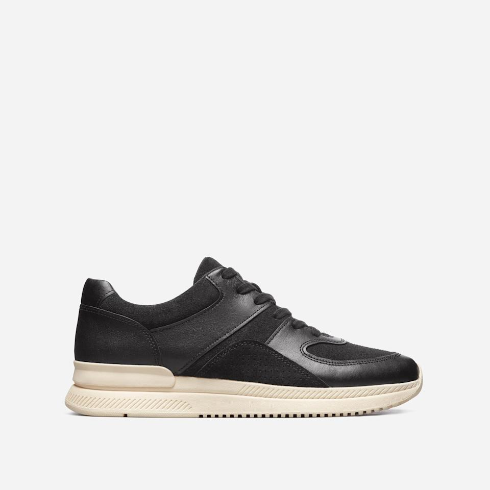 """<p><strong>Everlane</strong></p><p>everlane.com</p><p><strong>$39.00</strong></p><p><a href=""""https://go.redirectingat.com?id=74968X1596630&url=https%3A%2F%2Fwww.everlane.com%2Fproducts%2Fmens-trainer-black&sref=https%3A%2F%2Fwww.esquire.com%2Fstyle%2Fmens-fashion%2Fg35086246%2Feverlane-end-of-year-sale-2020%2F"""" rel=""""nofollow noopener"""" target=""""_blank"""" data-ylk=""""slk:Buy"""" class=""""link rapid-noclick-resp"""">Buy</a></p>"""