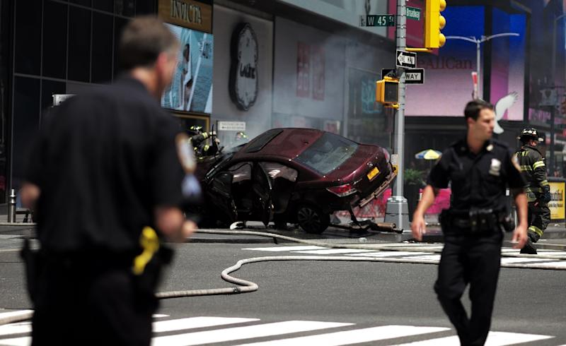 A car plunged into pedestrians in Times Square in New York on May 18, 2017 (AFP Photo/Jewel SAMAD)