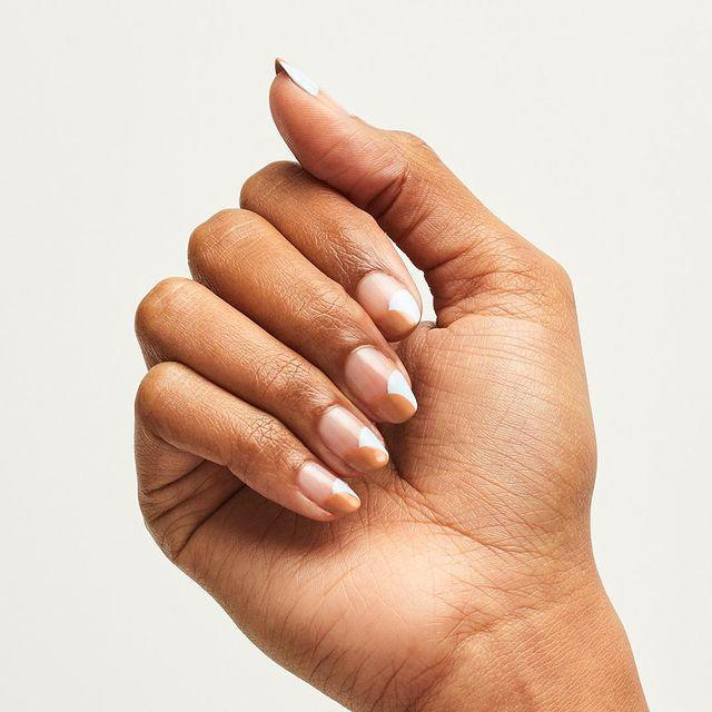 """<p>Caramel and cream tips add some chic detail to this all natural nail look. </p><p><a href=""""https://www.instagram.com/p/Bw7h5jInvZI/"""" rel=""""nofollow noopener"""" target=""""_blank"""" data-ylk=""""slk:See the original post on Instagram"""" class=""""link rapid-noclick-resp"""">See the original post on Instagram</a></p>"""