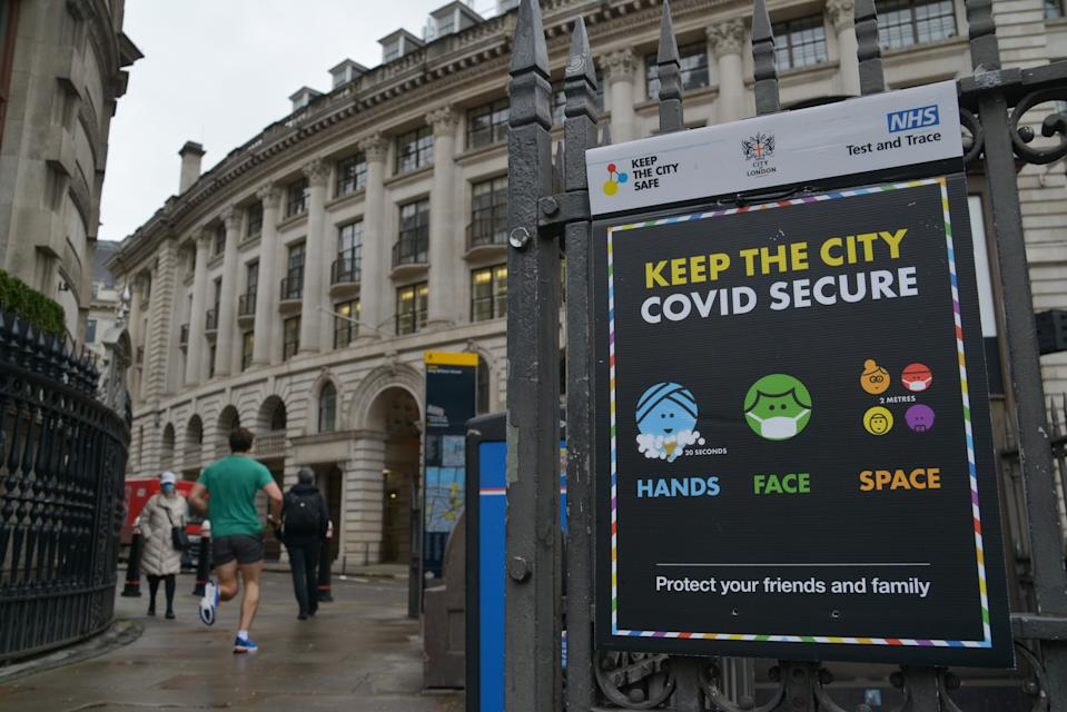 "LONDON, UNITED KINGDOM - 2021/02/02: An electronic billboard saying ""Keep the City Safe"" seen near bank Station in London. (Photo by Thomas Krych/SOPA Images/LightRocket via Getty Images)"