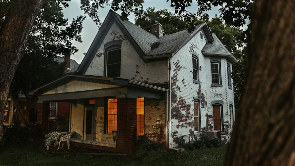 The Sallie House in Atchison, Kansas, which once belonged to the town doctor, is said to be haunted by a young girl who died there during emergency appendix surgery  in 1906.