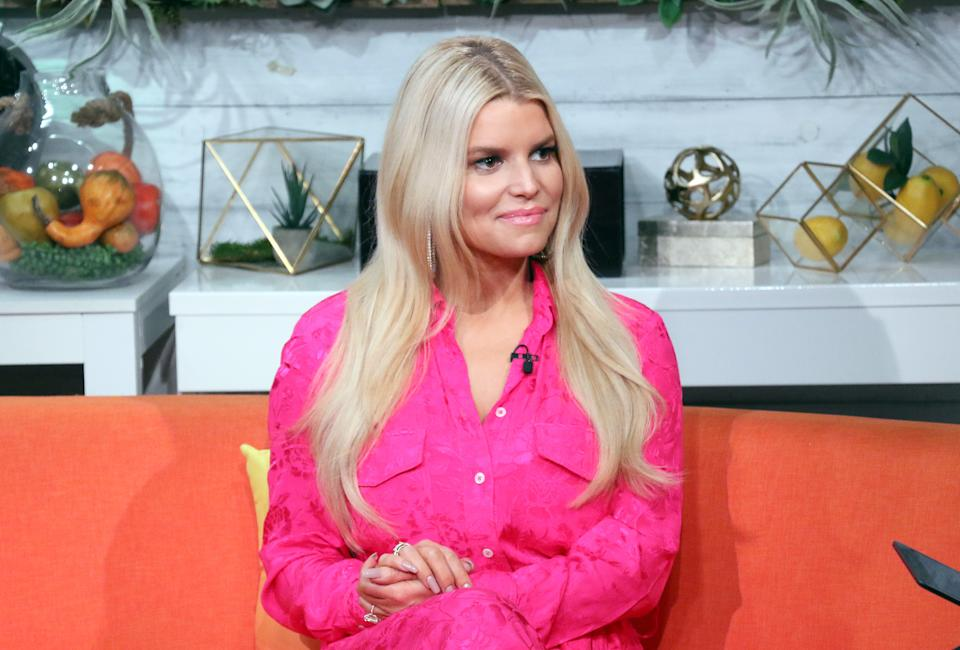Jessica Simpson comments on Subway's tuna lawsuit — and it's hilarious.