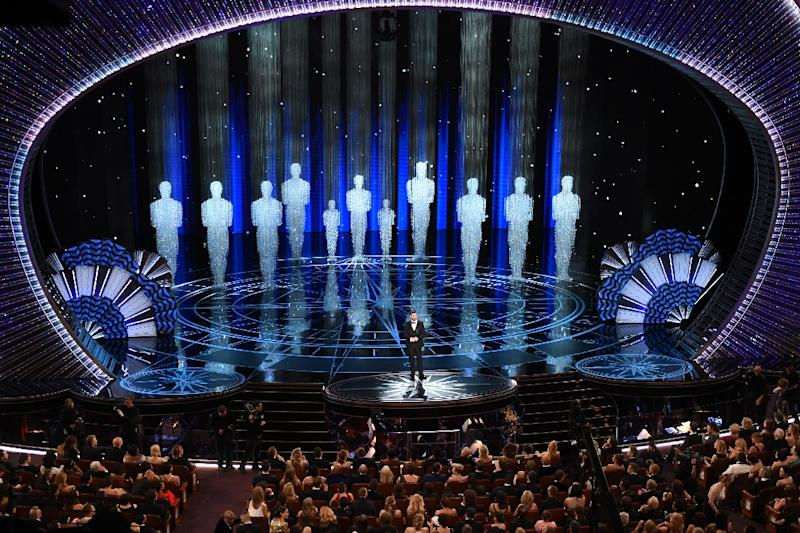 Host Jimmy Kimmel performs on stage inside the Dolby theatre at the 89th Oscars on February 26, 2017 in Hollywood, California (AFP Photo/Mark RALSTON                        )