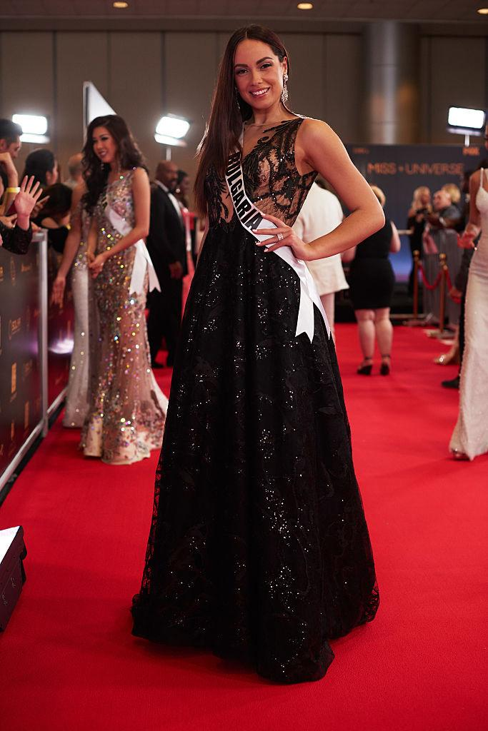 Miss Universe Contestant Donates Her Sherri Hill Evening Dress to a ...