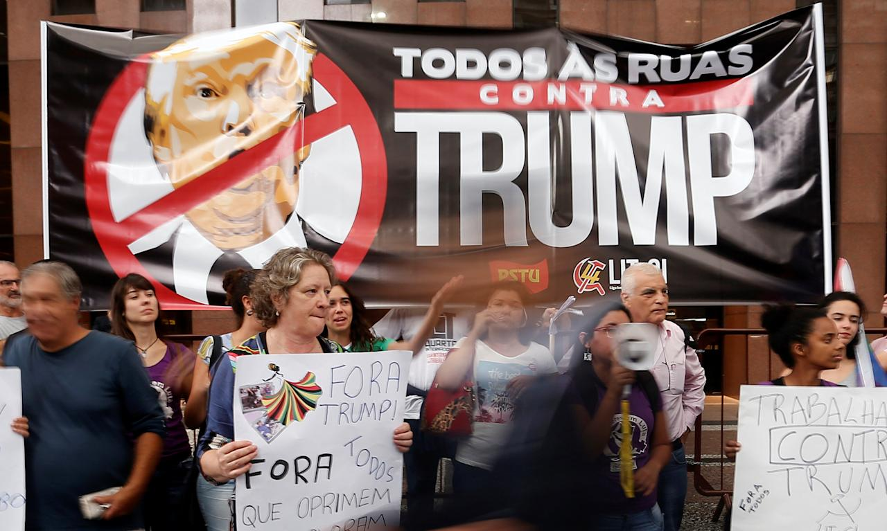 Demonstrators protest against U.S. President Donald Trump in Sao Paulo, Brazil, January 20, 2017.  REUTERS/Leonardo Benassatto  EDITORIAL USE ONLY. NO RESALES. NO ARCHIVE.