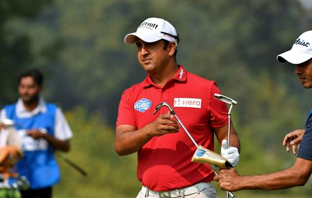 Shiv Kapur is in a threeway lead going into the final round of the Panasonic Open in Gurgaon (AFP Photo/Paul LAKATOS)