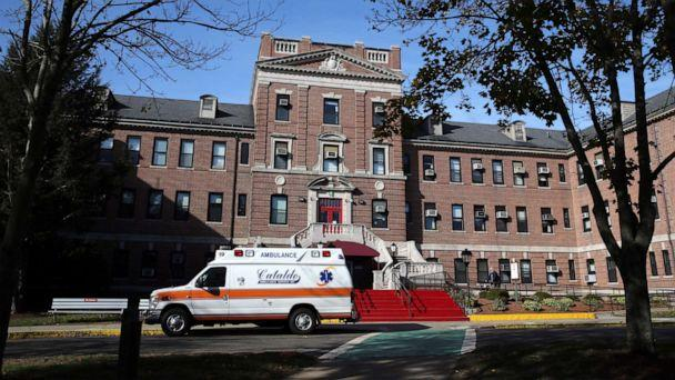 PHOTO: The Edith Nourse Rogers Memorial Veterans Hospital in Bedford, Mass., is pictured on Nov. 4, 2017. (Boston Globe via Getty Images, FILE)