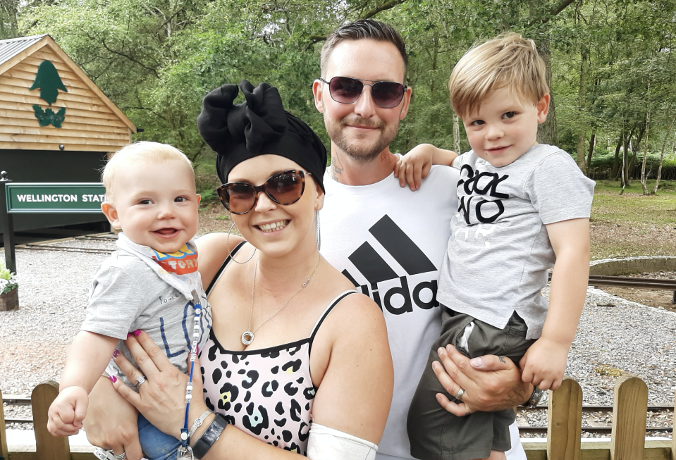 Amy Palmer pictured with her family while undergoing cancer treatment. [Photo: SWNS]