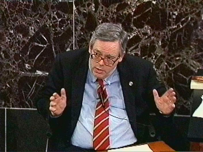 White House counsel Charles Ruff during the first day of the defense in the Senate impeachment trial of President Clinton, Tuesday, Jan. 19, 1999, in Washington.