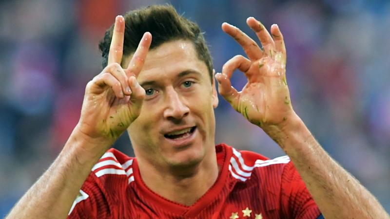 Lewandowski reaches 200 Bundesliga goals during history-making Klassiker showing