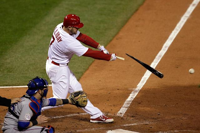 ST LOUIS, MO - OCTOBER 20: Matt Holliday #7 of the St. Louis Cardinals breaks his bat in the fourth inning during Game Two of the MLB World Series against the Texas Rangers at Busch Stadium on October 20, 2011 in St Louis, Missouri. (Photo by Rob Carr/Getty Images)