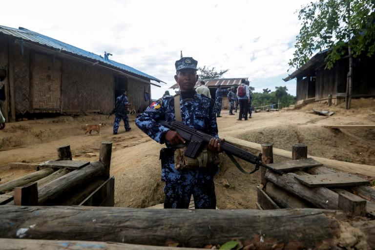 Myanmar has deployed thousands of troops to Rakhine state in a bid to crush an insurgency