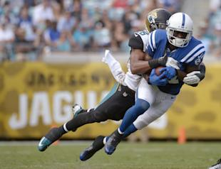 Reggie Wayne gets back to work (AP Photo/Phelan M. Ebenhack)