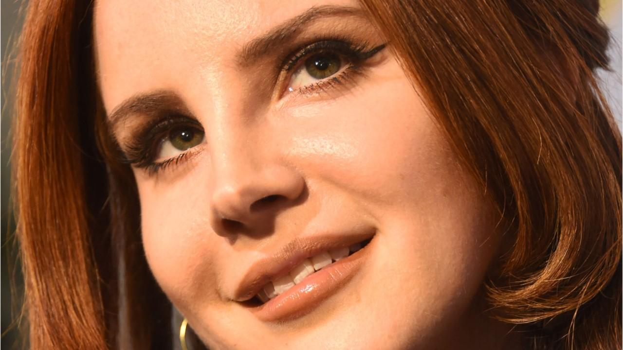 In a new interview conversation with legendary singer Stevie Nicks, Lana Del Rey has shared how her outlook on life became more positive, and it's advice that we could all benefit from. The singer is currently prepping for the release of her latest