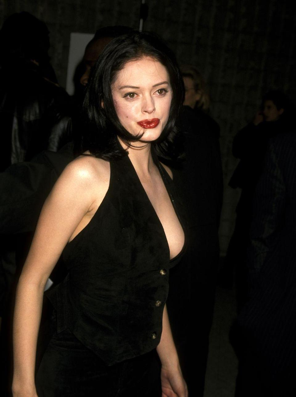 <p>Rose McGowan was riding high in 1996, coming off a handful of well-known comedies. Her character did not fare well in Scream.</p>