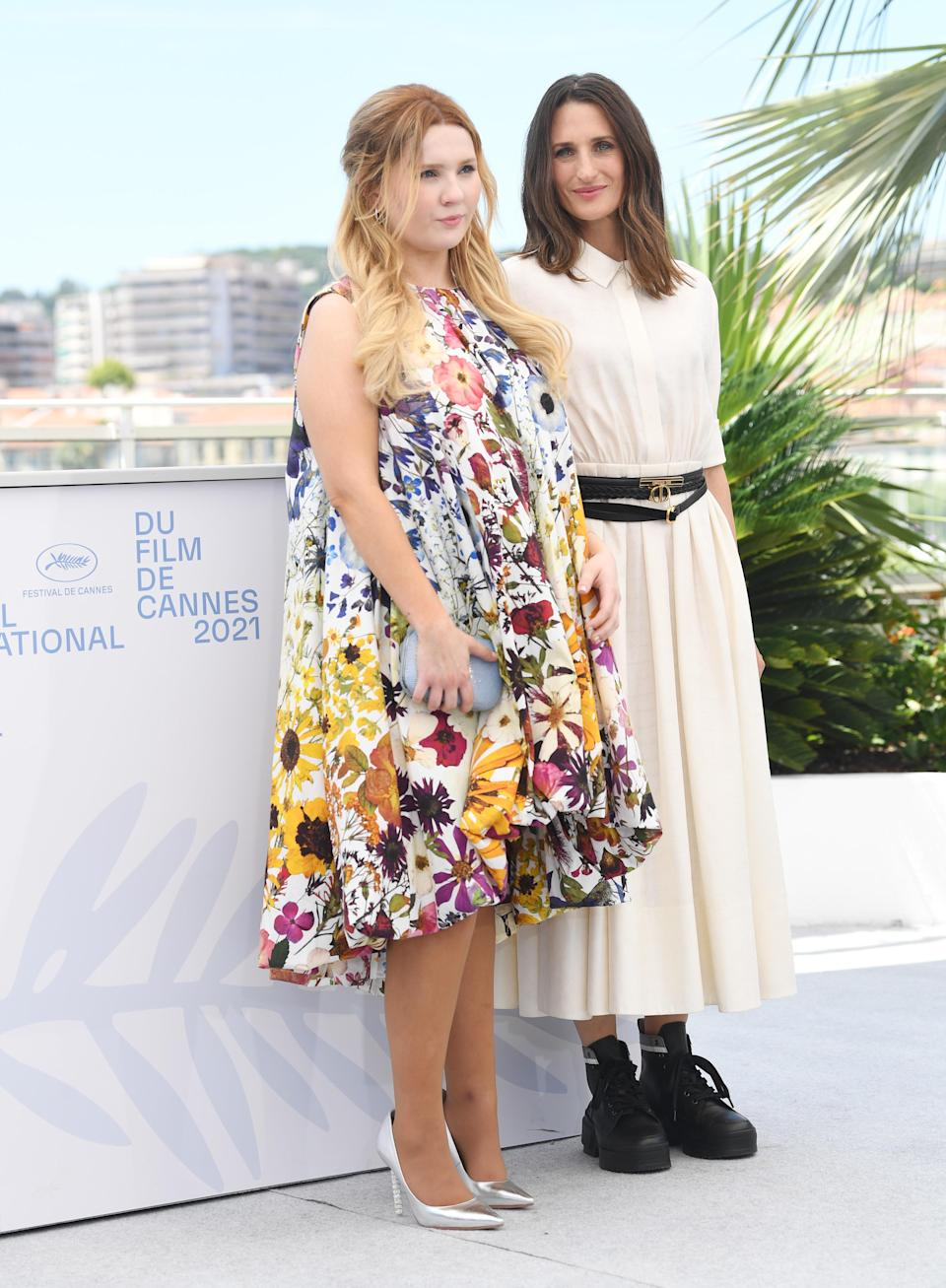 """Abigail Breslin and Camille Cottin at the """"Stillwater"""" photocall at the 2021 Cannes Film Festival. - Credit: MEGA"""
