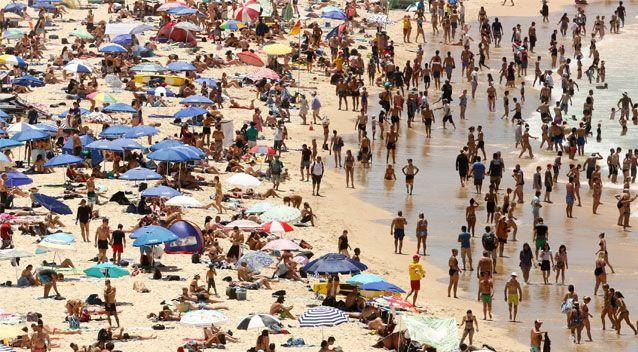 Thousands headed down to Bondi beach to enjoy the extreme heat. Source: AAP