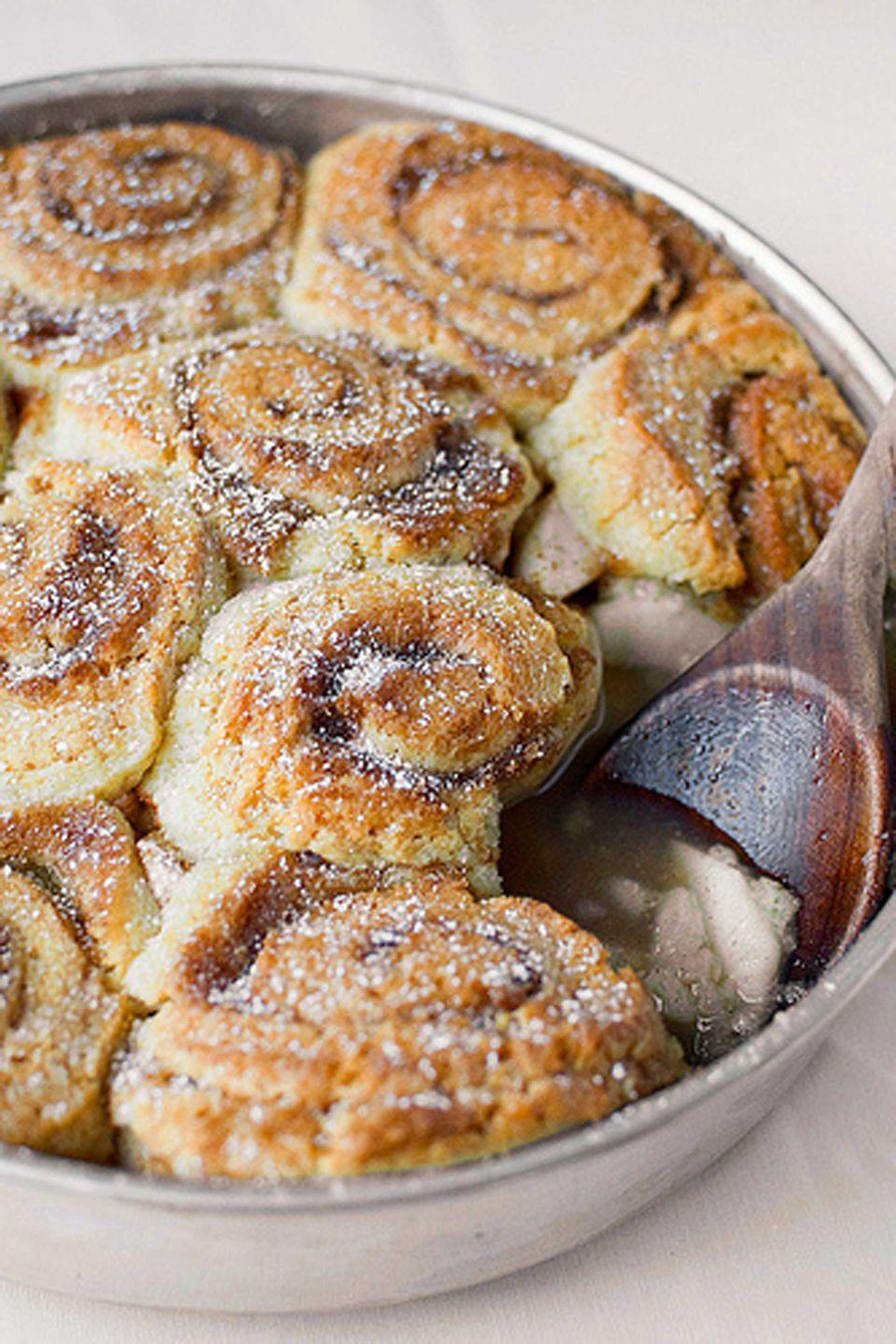 """<p>Doughy biscuits combine with a cinnamon and apple filling, creating this fall dessert that tastes as addicting as it looks.</p><p><strong>Get the recipe at <a rel=""""nofollow noopener"""" href=""""http://cheeseandchoco.blogspot.com/2011/10/pinwheel-apple-cobbler.html"""" target=""""_blank"""" data-ylk=""""slk:Cheese and Chocolate"""" class=""""link rapid-noclick-resp"""">Cheese and Chocolate</a>.</strong><br></p><p><a rel=""""nofollow noopener"""" href=""""https://www.amazon.com/Calphalon-Signature-Nonstick-Bakeware-2000606/dp/B06XGBV3PG"""" target=""""_blank"""" data-ylk=""""slk:SHOP CAKE PANS"""" class=""""link rapid-noclick-resp"""">SHOP CAKE PANS</a></p>"""