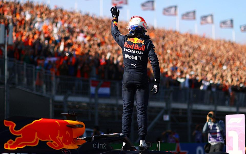 Pole position qualifier Max Verstappen of Netherlands and Red Bull Racing celebrates in parc ferme during qualifying ahead of the F1 Grand Prix of The Netherlands at Circuit Zandvoort on September 04, 2021 in Zandvoort, Netherland - Dan Istitene - Formula 1/Formula 1 via Getty Images