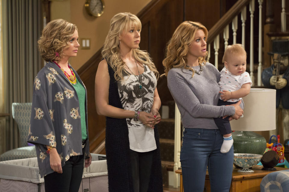 A scene from <em>Fuller House</em>. (Photo: Netflix)