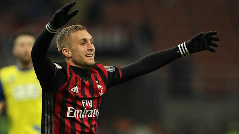 Milan chief confirms club have held talks with Barcelona over Deulofeu future
