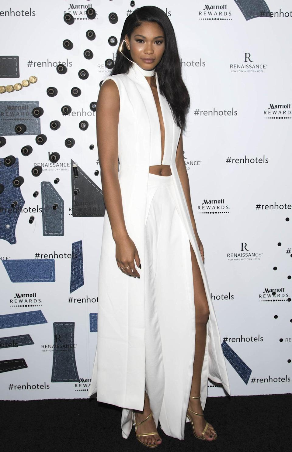 <p>At first we really loved this sleek all white outfit, that is until we noticed the belly button hole. Was that really necessary? <i>[Photo: Rex Features]</i></p>