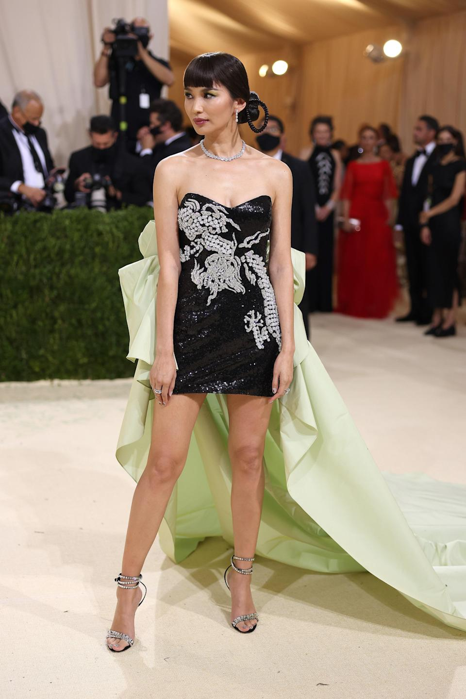 Actor Gemma Chan's Prabal Gurung gown paid homage to Chinese-American actor Anna May Wong. She was a trailblazer and one of the first Asian American stars in Hollywood's golden era.