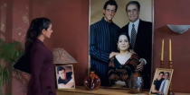 Ameesha's mom Asha Patel featured as Raj's (Hrithik) mother in the film.