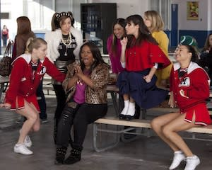 Exclusive: Glee to Air Super-Sized [Spoiler]-Themed Episode on May 15